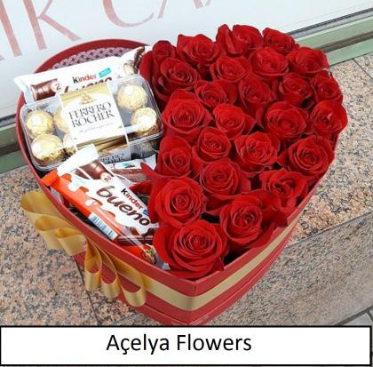 Kalp Kutu Kırmızı Güller ve Çikolata